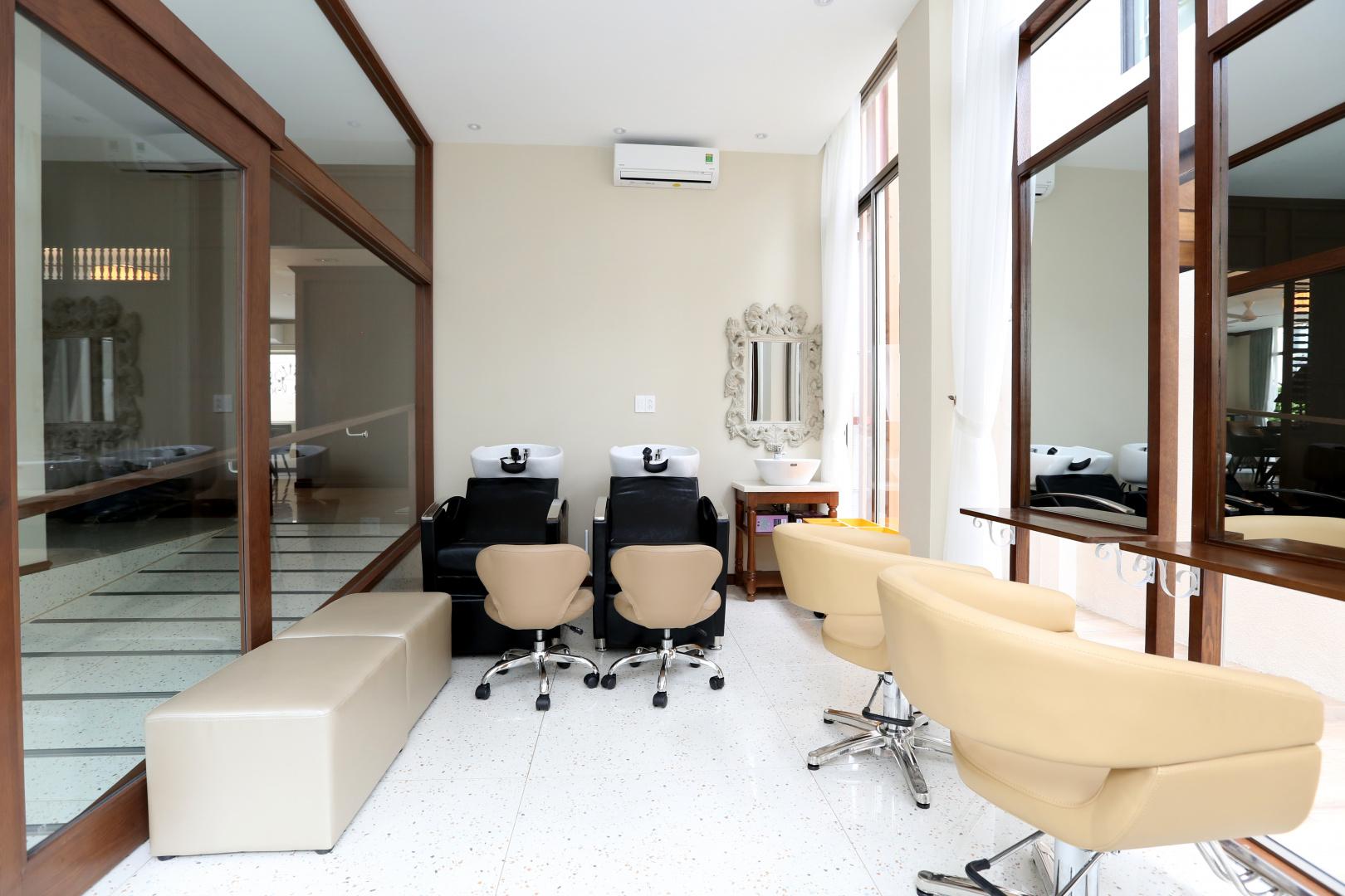 Salon tóc 1